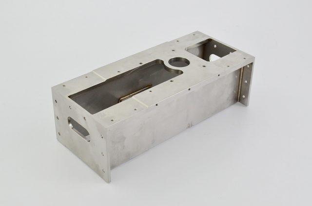 ステンレス(SUS304)製メインフレーム