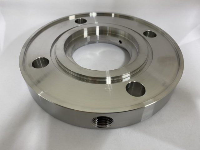 ハステロイ旋盤加工品‐グランドプレート‐