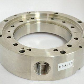 半導体製造装置向けフランジ部品